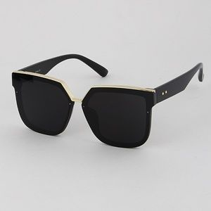 🎀Browline stunner sunglasses